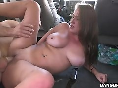 Busty amateur with big naturales screwed in car