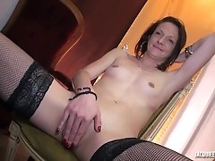 French Porn - La belle Oceane en 3some orgy